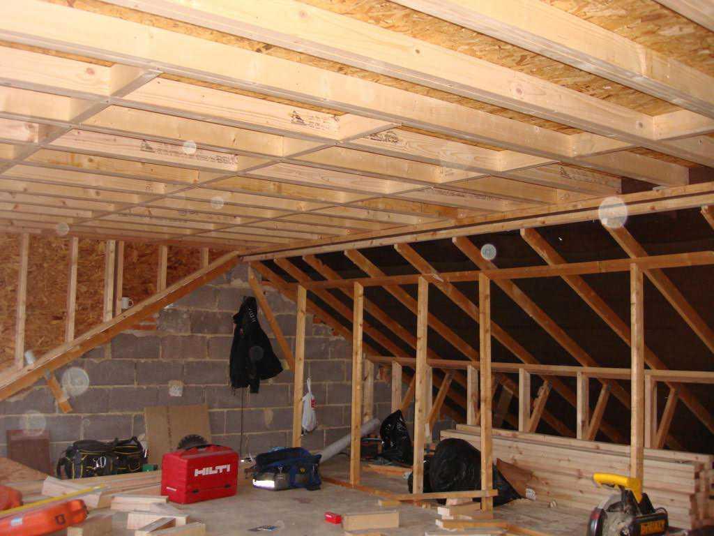 Truss lofts in leeds akb loft conversions for Truss lofts
